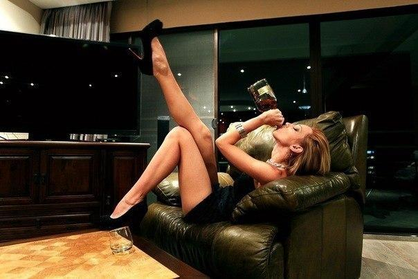 фото пьяная жена вернулась