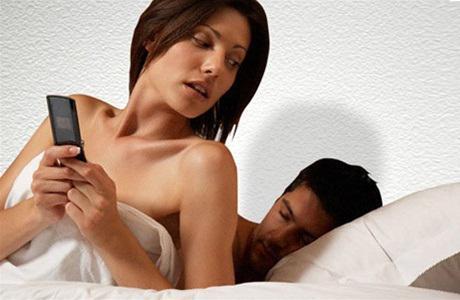 Жена ізміняє мужу сосідом фото 800-209