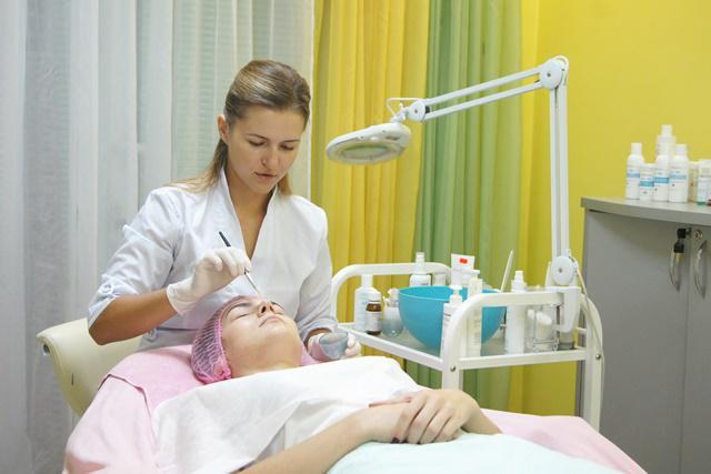 Рівненський косметолог Ольга Щербяк допоможе вам у питаннях здоров я ... b6d2086345404