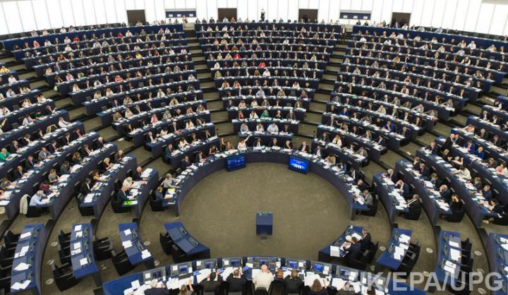 Порошенко: Комітет Європарламенту підтримав безвізовий режим для України