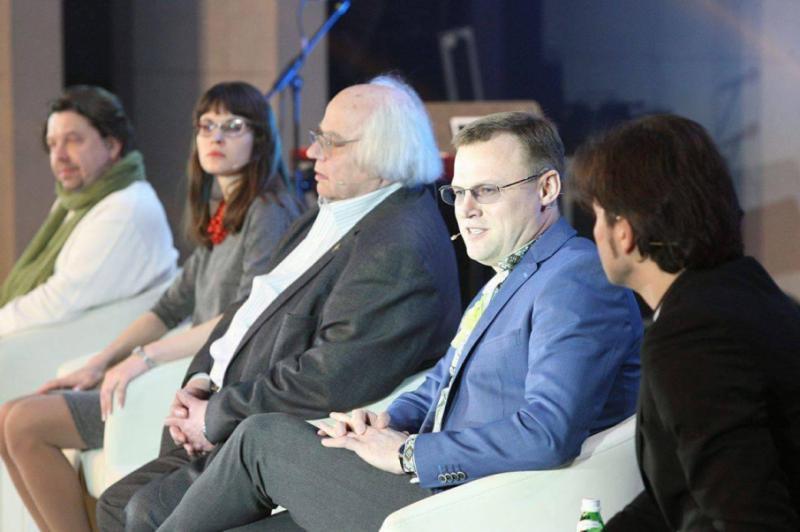Дискусійна платформа «Шевченко: Мова. Держава. Нація» в кіноконцертній залі «Українського дому»
