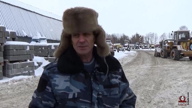 Головний механік ШЕУ Віталій Волчицький каже, що деякі працівники працюють понад норму, бо замінити їх немає ким