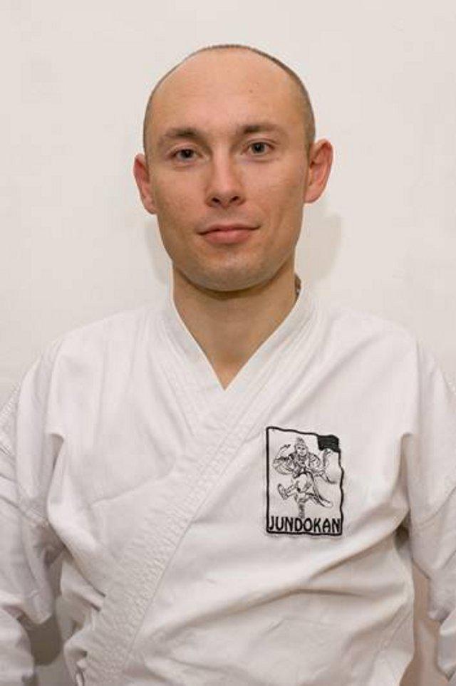 Тарас Белоцький.