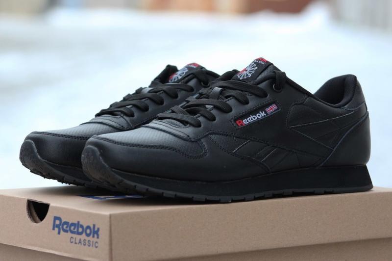 Reebok Classic Leather – одна из самых известных линеек обуви от  знаменитого бренда. Купить мужские кроссовки Рибок на сайте reebok-shop.com.ua  вы можете ... 8e84e6d3903d5