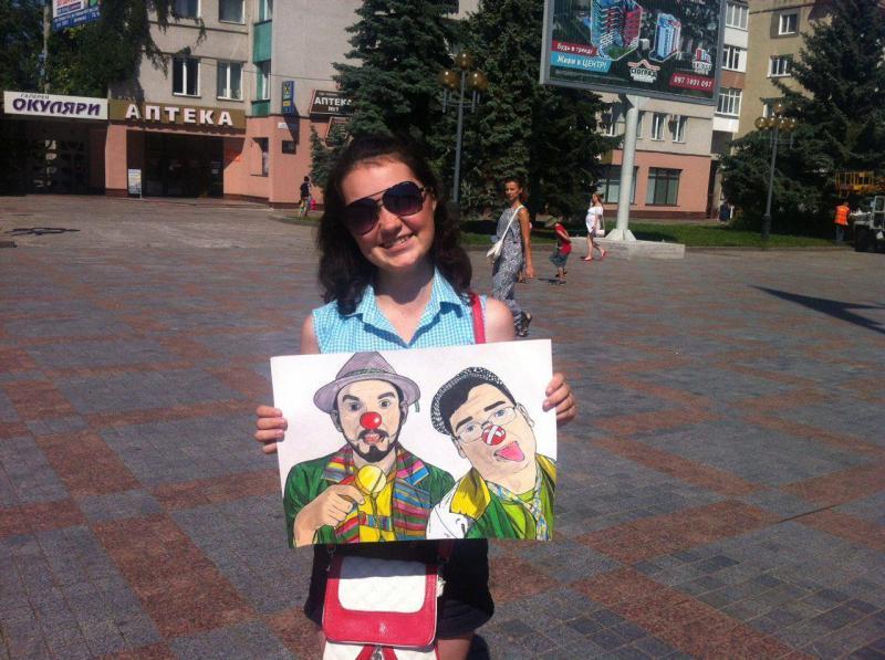 """Подарунок """"Червоним носам"""" від випускниці онкогометології Олени Момотюк"""