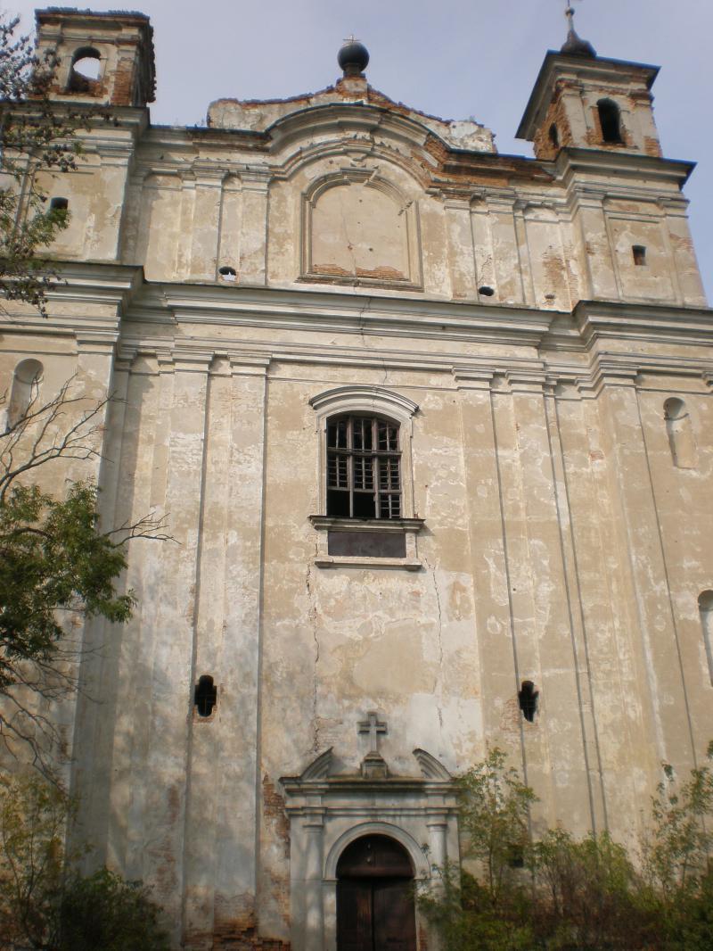 Величний кам'яний храм святого Антонія