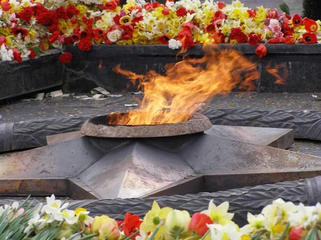 Україна відзначає день скорботи і пам