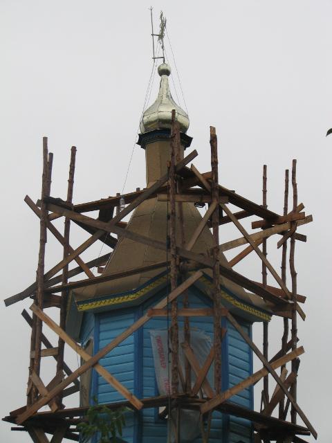 Старовинна церква в Новому Дворі незабаром засяє по-новому