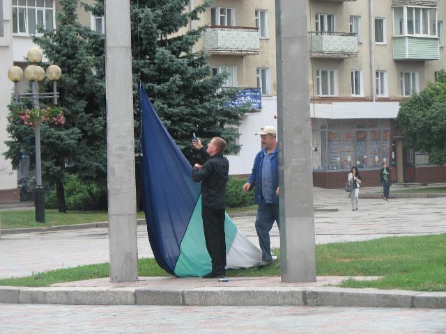 22 серпня на майдані Незалежності готуються до підняття прапора міста Рівне
