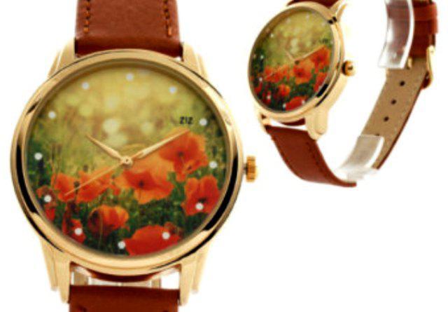 e2fc888b517a 5. Годинники з незвичайними ремінцями. Це можуть бути моделі з хустинкою  замість ременя, або годинники з яскравим чи