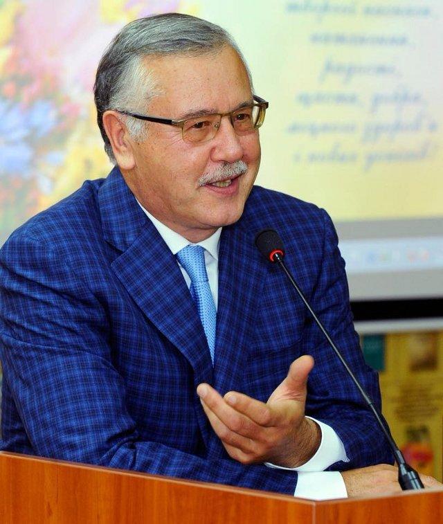 Гриценко Анатолій, фото з його сторінки у мережі Фейсбук.
