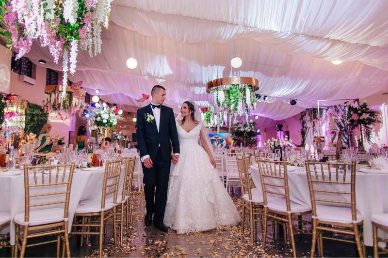 Фото взято з сайту весільного підрядника - cristigordwed.rv.ua