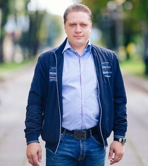 Іванісов Роман, фото з Рівне вечірнє, rivnepost.rv.ua<br />